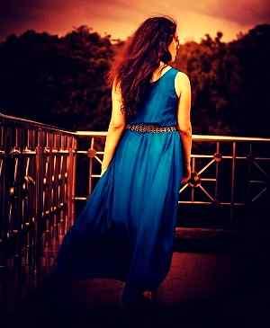 romantic girl photos download for Whatsapp DP